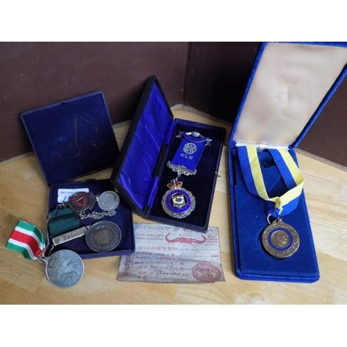 1147 - Selections of medallions, badges and masonic medals...