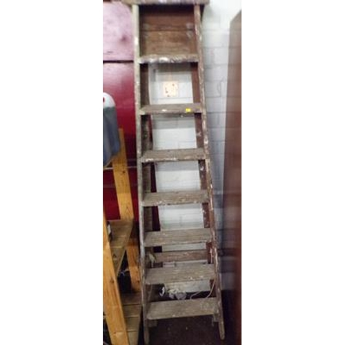 501 - Wooden step ladders...
