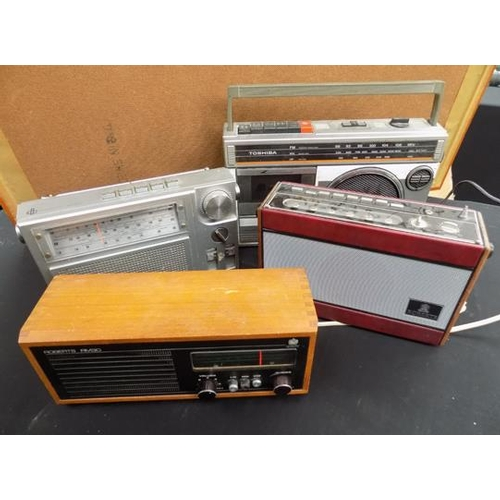45 - Selection of vintage radios, incl. Roberts x 2...
