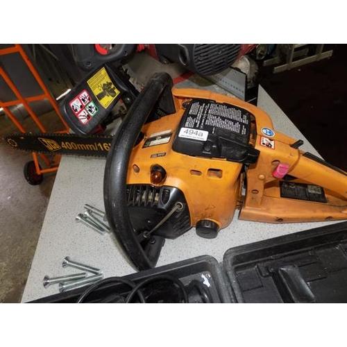 494a - JCB chainsaw, petrol...