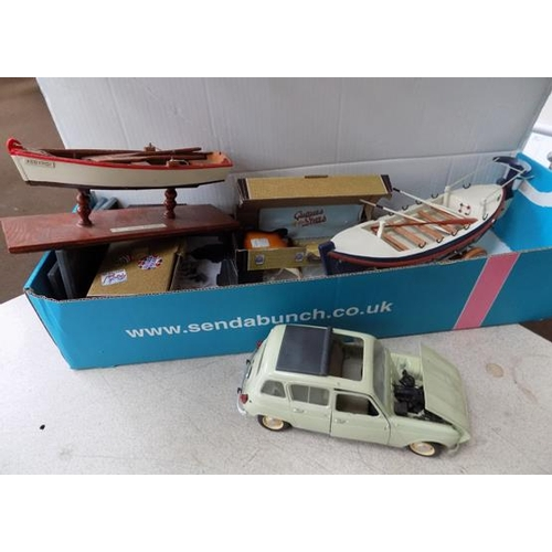 5 - Tinplate large Renault 4L car and boat models etc...