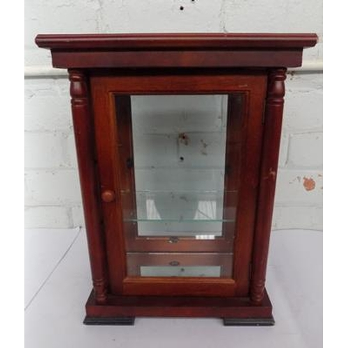 50 - Small display cabinet - 7