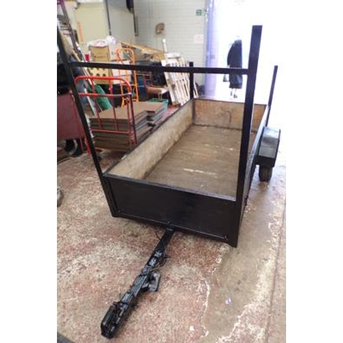 500 - Trailer 38 inches x 72 inches - needs new plug for lights...