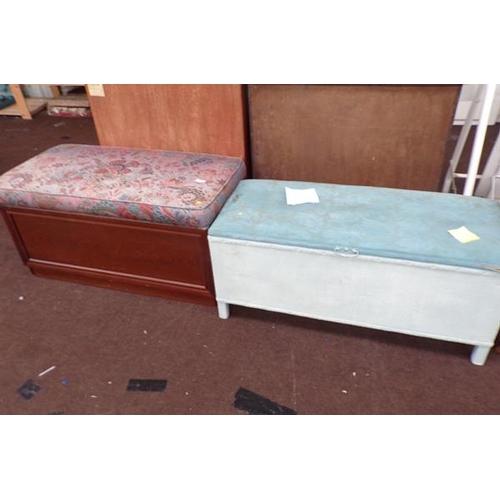 517 - 2 bedding boxes - 1 Lloyd Loom style...