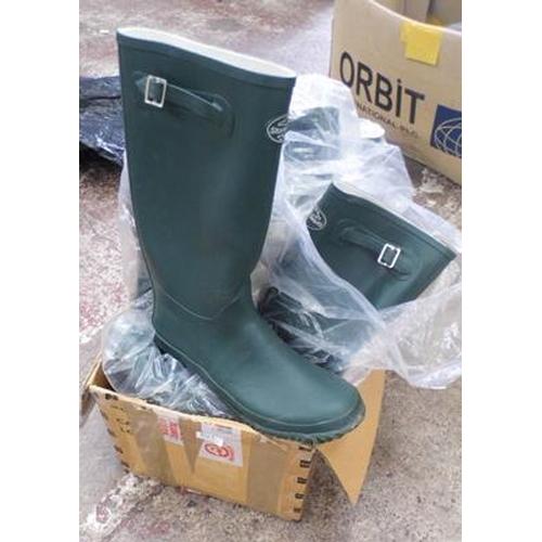 483a - Job lot of Storm Wells Wellington boots, various sizes...