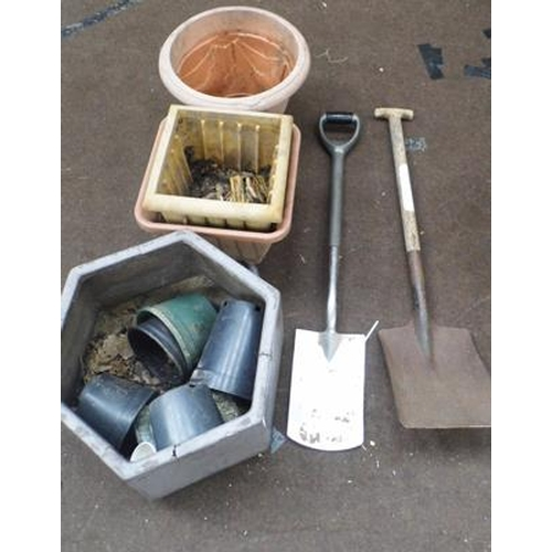 484a - Assorted planters & two wooden handled spades...