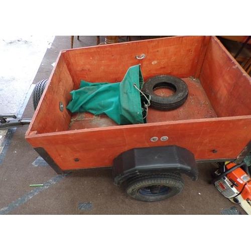 489 - Small trailer, 3 feet x 4 feet, new wheel bearings, spare wheel, canopy cover - ideal for camping...