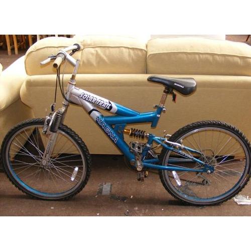 492a - Teen bike-Magna...