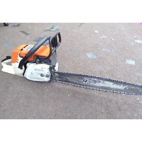 494 - Stihl chainsaw (petrol) - W/O...