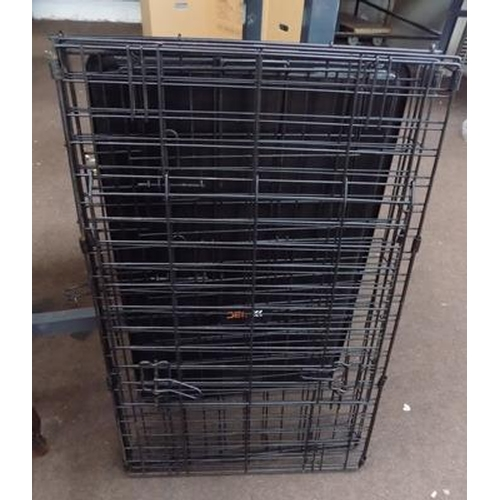 501a - Black foldable dog crate...