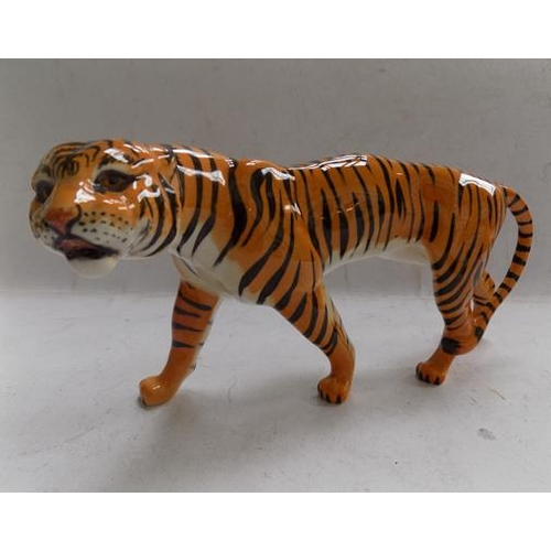 34 - Vintage ceramic Beswick tigress-approx 8.5 inches long...