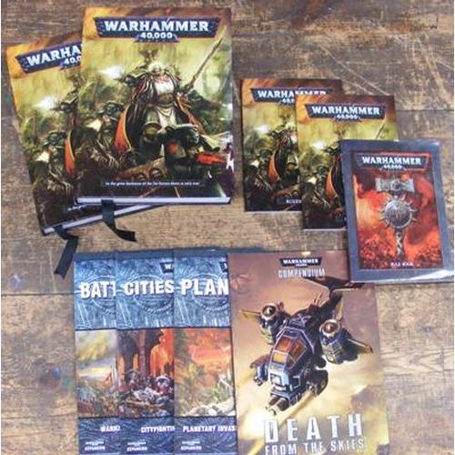 7 - 9 x games Workshop Warhammer rules/expansion books...