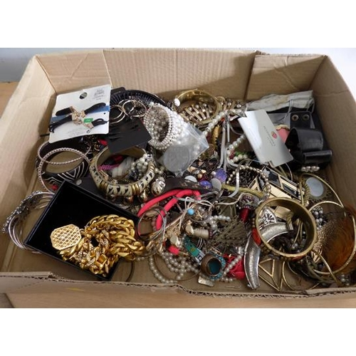 45 - Box of costume jewellery, incl. pair of Crowns etc......