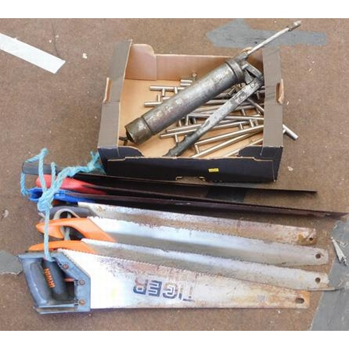 513 - Collection of hand saws and cabinet handles incl. grease gun...