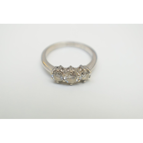 26 - 18ct Hallmarked White Gold Diamond 3 Stone Ring. Total Weight 3.80g...