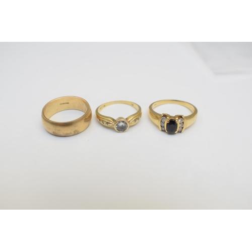 44 - Ladies Wedding Band 9Ct Yellow Gold Hallmarked 5.1G Synthetic Stars Ladies Ring 6Diamonds .18Carat W...