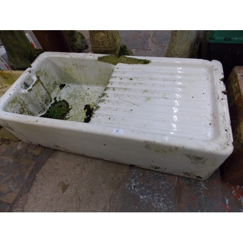 88 - A VINTAGE WHITE BELFAST SINK AND DRAINER...