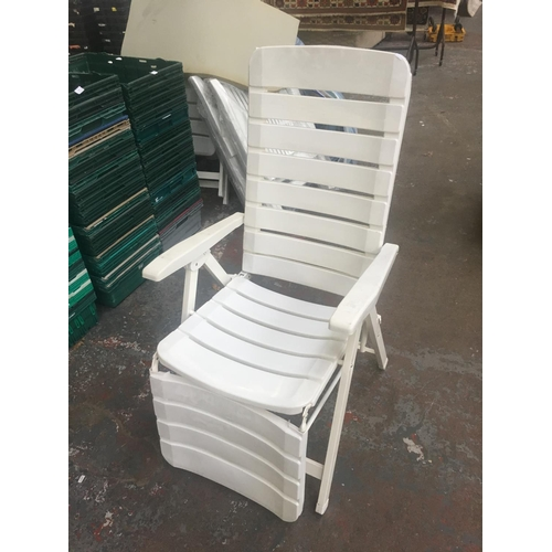 27 - A MIXED LOT TO INCLUDE FOLDING WHITE PLASTIC CONSERVATORY CHAIRS WITH STRIPED UPHOLSTERY, VINTAGE CA...