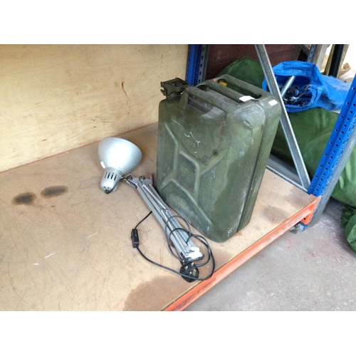 49 - TWO ITEMS TO INCLUDE A GREEN 5 GALLON ARMY JERRY CAN (DATED 1975) AND AN IKEA ANGLEPOISE STYLE LAMP...
