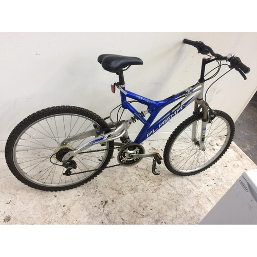 10 - TWO BIKES TO INCLUDE A BLUE AND GREY MOUNTAIN RIDGE PLASMA DUAL SUSPENSION GENT'S MOUNTAIN BIKE WITH...