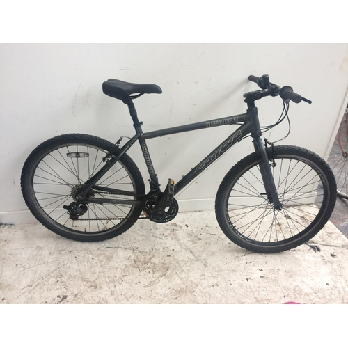A BLACK CARRERA SUBWAY GENTS MOUNTAIN BIKE WITH QUICK RELEASE WHEELS