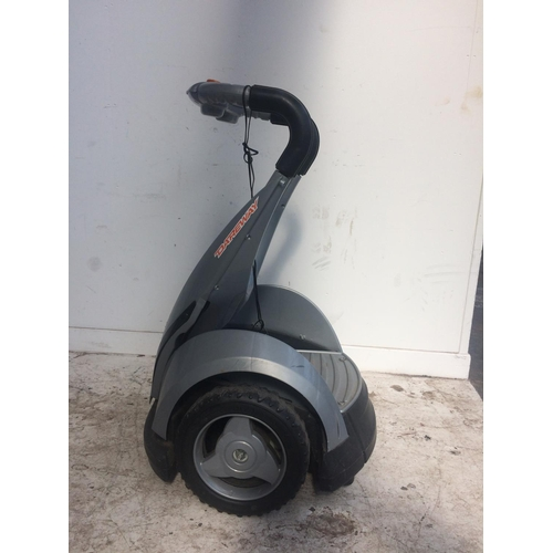 40 - A GREY DAREWAY TWO WHEELED ELECTRIC SEGWAY WITH CHARGER...