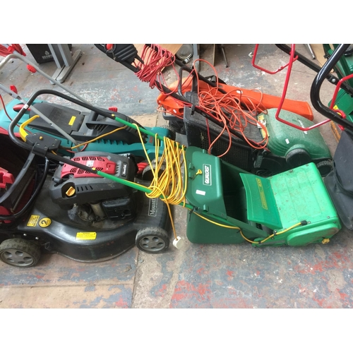 135 - A GREEN QUALCAST RE30X ELECTRIC LAWN RAKER WITH GRASS COLLECTOR...
