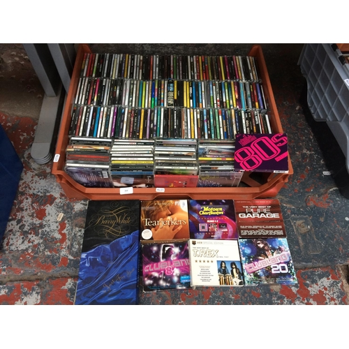 269 - A BOX CONTAINING MIXED CD'S TO INCLUDE THE KILLERS, CLUB FEVER, HITS OF THE 80'S, T-REX ETC...