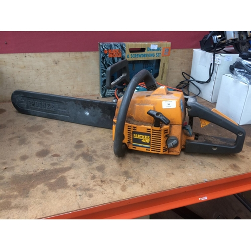 36 - A BLACK AND YELLOW PARTNER 400 PETROL CHAINSAW WITH 18