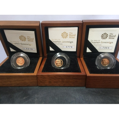 409 - A SET OF THREE GOLD QUARTER PROOF SOVEREIGNS DATED 2009, 2010 AND 2011 WITH CERTIFICATES...