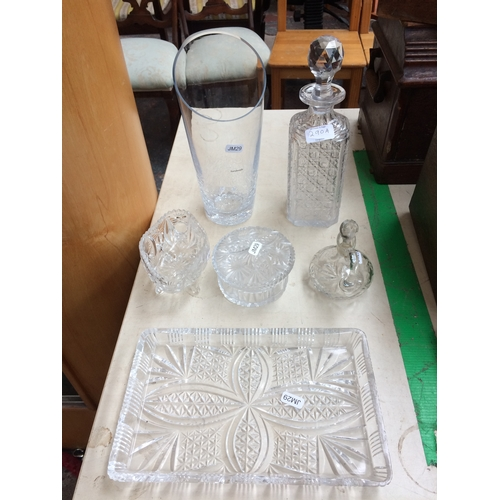 290A - SIX PIECES OF PRESSED GLASSWARE TO INCLUDE DISH, DECANTER, BOWL ETC...