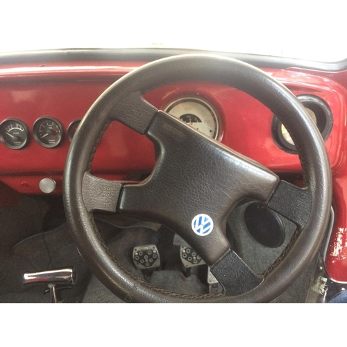 24 - A CLASSIC RED 1971 VW BEETLE 2 DOOR SALOON, 1600CC AIR COOLED PETROL, FOUR SPEED MANUAL GEARBOX, TEN...