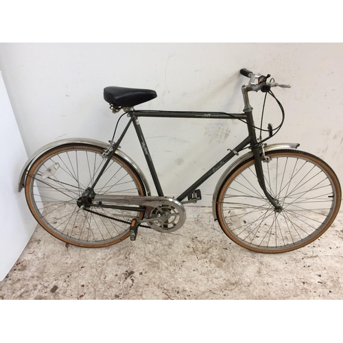 4 - A VINTAGE GREY EMMELLE GENT'S TOWN BIKE WITH SPRUNG SADDLE AND 3 SPEED STURMEY ARCHER GEAR SYSTEM...