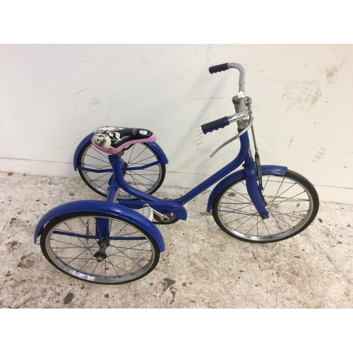 4 - A VINTAGE BLUE RALEIGH CHILD'S TRICYCLE WITH LEVER OPERATED BRAKE...