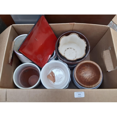 315 - A BOX CONTAINING VARIOUS CERAMIC AND TREEN PLANTERS...