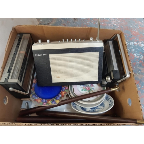 344 - A BOX CONTAINING MIXED ITEMS TO INCLUDE THREE VINTAGE RADIOS, VARIOUS CERAMICS, RETRO TAPERED TABLE ...