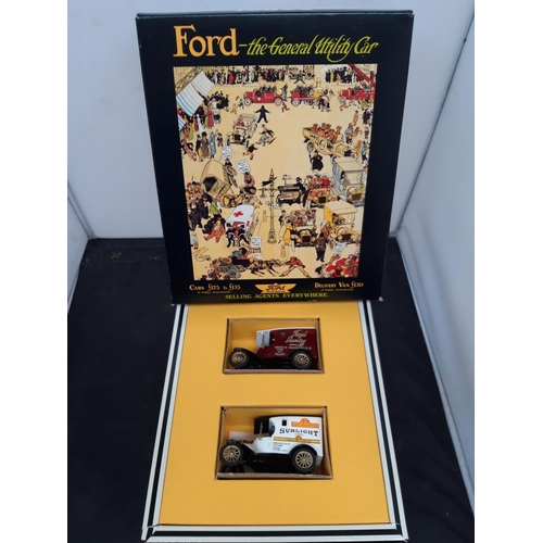 532 - A COLLECTION OF VARIOUS MOTOR VEHICLE RELATED ITEMS TO INCLUDE A BOXED CORGI FORD THE GENERAL UTILIT...