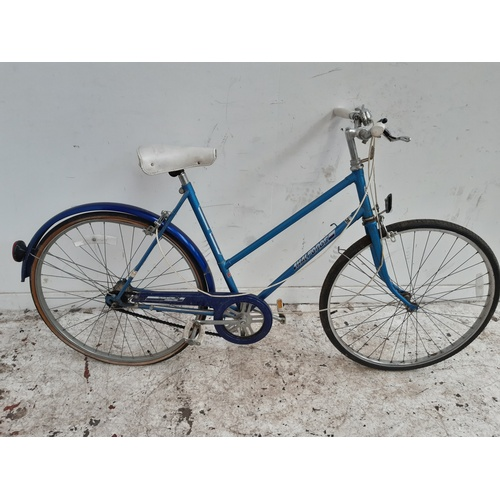 2 - A VINTAGE BLUE HALFORDS LADIES TOWN BIKE WITH 3 SPEED GEAR SYSTEM...