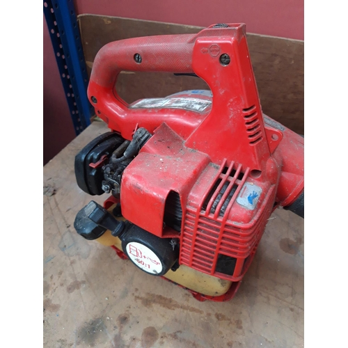 56 - A BLACK AND RED LITTLE WONDER 9666E PETROL LEAF BLOWER...