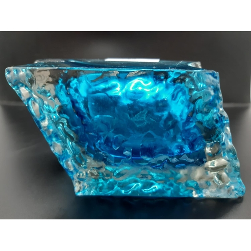 50 - A Whitefriars style blue glass diamond shaped ashtray - approx. 16cm long, 8cm wide and 6.5cm high...
