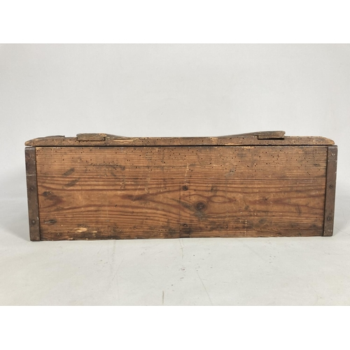 47 - A WWII German M35 pine K98 ammunition box for 1500 rounds - approx. 17cm high x 35cm wide x 48cm dee...