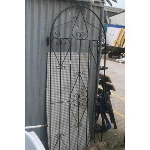 47 - GARDEN GATE...