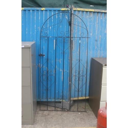 58 - GARDEN GATE...