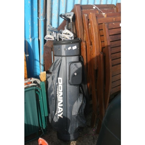 54 - GOLF CLUBS AND BAG...
