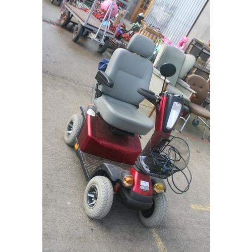 45 - RED MOBILITY SCOOTER 2 SPEED(EXCELLENT WORKING ORDER)...