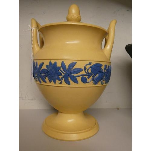 Rare Georgian Wedgwood creamware Leech jar (as seen, repaired)