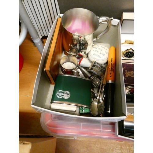 Box of collectables inc. golf memorabilia