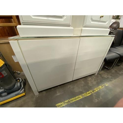Italian Calligaris 2 door white sideboard (83H 52D 134W cm)