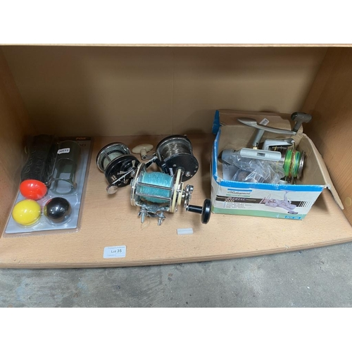 35 - Collection of fishing reels inc. Shakespeare Aerial 2000 etc