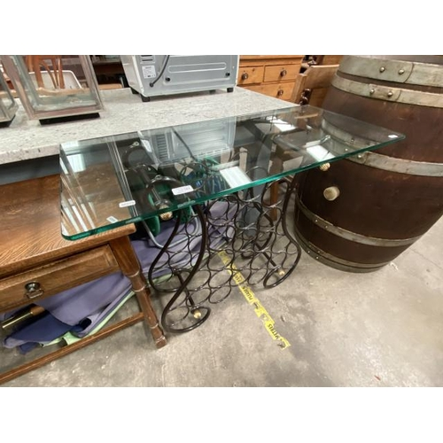 Glass topped contemporary wine rack (77H 92W 41D cm)